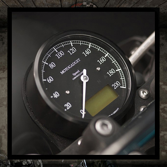 Motoscope classic speedo 200 Km/h Black Motogatget 85 mm