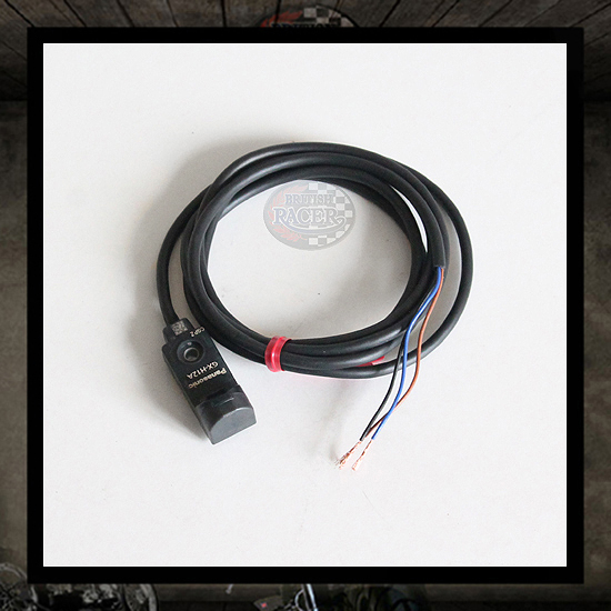 Speed sensor for electronic odometer