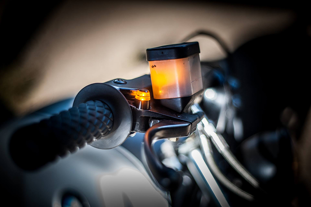 M-Blaze PIN Black MICRO turn signal E-marked - Motogadget