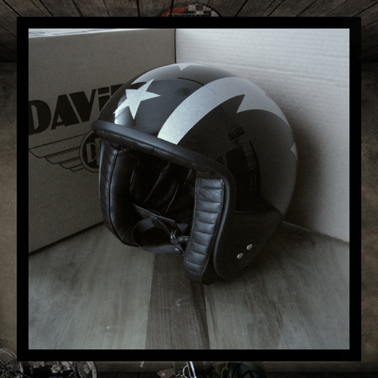 DAVIDA 80510 Black / Grey Metal Flake Thunderbolt