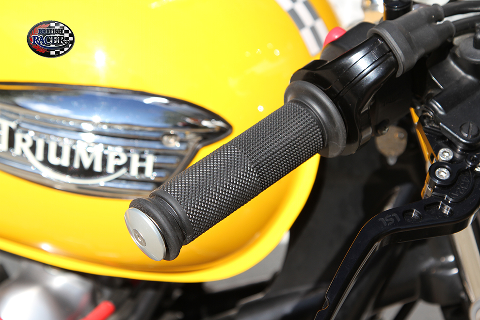 Black GEL handlebar grips 22mm open end
