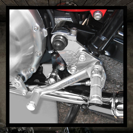 Triumph Thruxton footrest kit